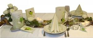 Tisch-gruen