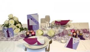 tisch-violett